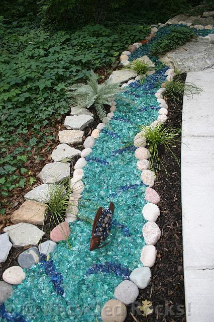 Recycled rocks glass landscaping rocks for How to landscape a garden